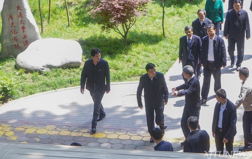中共中央政治局常委刘云山到西安交通大学调研