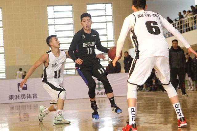 西安交大附中男篮荣获中国初高中篮球赛陕西赛区亚军