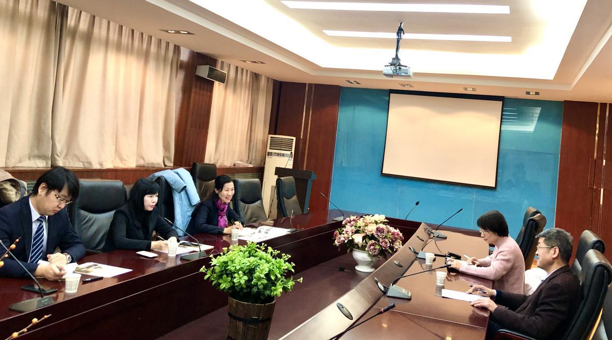 陕西延长集团总经济师沙春枝一行到访经金学院